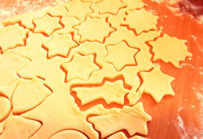 Mi. 6.12.2017 - 14 Uhr Kekse backen für Groß und Klein